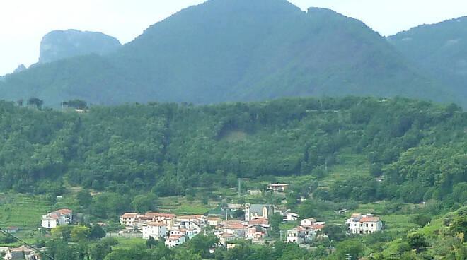 Tramonti, località Polvica-Corsano lavori di somma urgenza per dispersione di gas metano sull SP 157