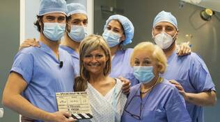 1 - Il dottor Riccardo Iannuzzi e la sua équipe