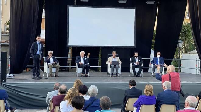 Allarme cancro della prostata in Penisola Sorrentina: i risultati dal confronto con gli esperti in Villa Fiorentino