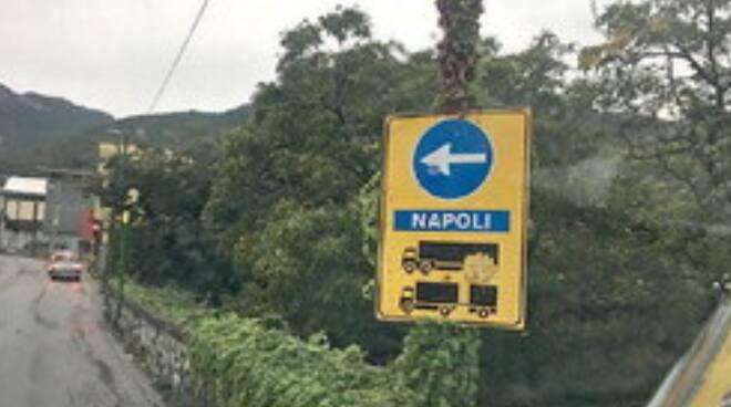 """Allarme viabilità a Cava de' Tirreni, c'è la stretta """"Blocco"""" ai camion per 3 notti"""
