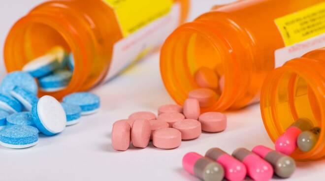 Allerta alimentare, rischio chimico per integratore CS STOMABEN 20BUST ORO
