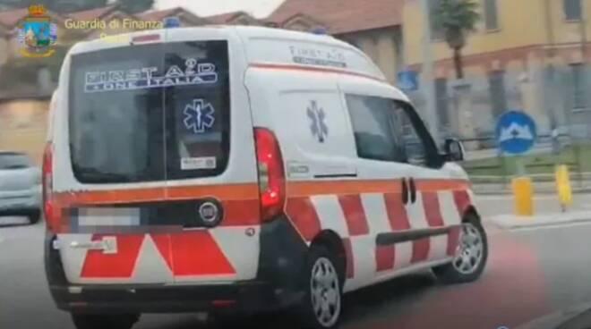 Appalti truccati e ambulanze non sanificate: sequestrata First Aid One. Gestisce anche il 118 a Napoli