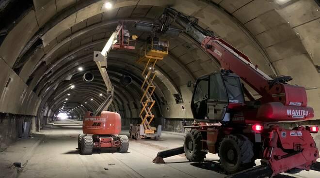 Avanzano le attività di manutenzione straordinaria all'interno della Galleria Vittoria di Napoli