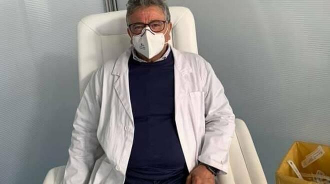 Castellammare di Stabia - Il dottore Di Martino Pasquale  e l\'importanza della vaccinazione