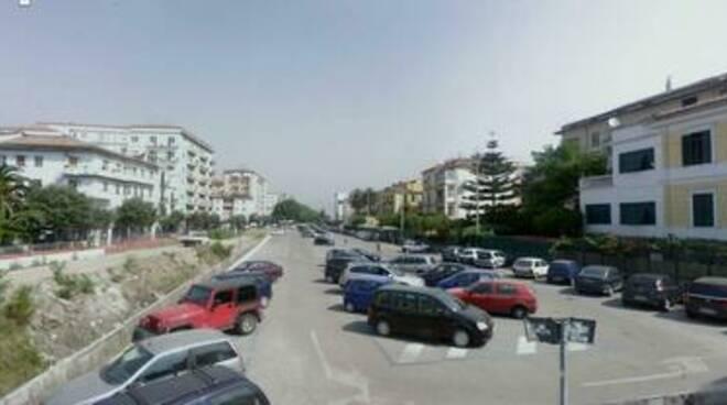 Caro sosta a Cava de' Tirreni: «Al centro costi raddoppiati»