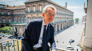 I primi exit poll sulle elezioni a Napoli vedono Gaetano Manfredi in testa con il 61%
