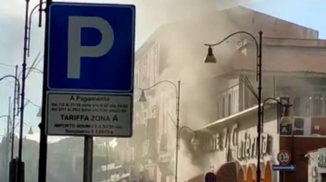Pompei, incendio nello storico ristorante 'Zi Caterina'