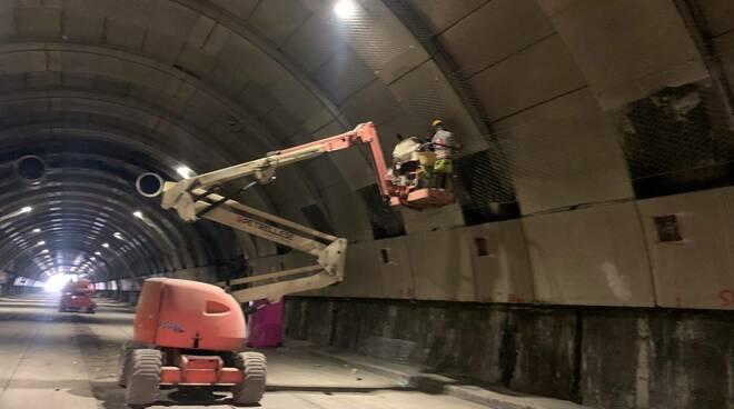 Proseguono le attività di manutenzione straordinaria nella Galleria Vittoria di Napoli