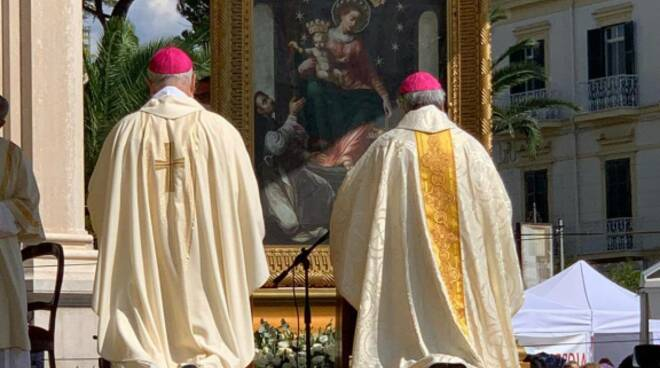 Supplica alla Madonna di Pompei 2021